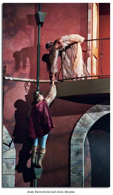 romeo and juliet production marin shakespeare company romeo and juliet balcony scene
