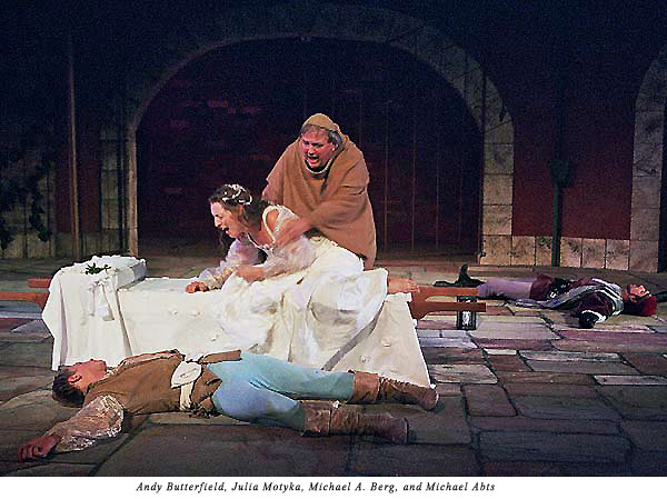 Juliet awakes to find Romeo dead