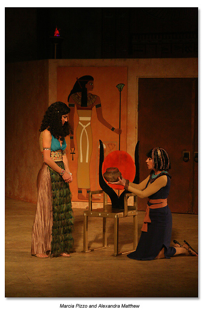 Marin Shakespeare 2010 Antonly & Cleopatra - Charmian give Cleopatra the asp
